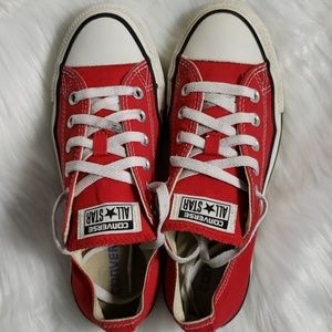 CONVERSE Chuck Taylor All Star size 7.5 womens